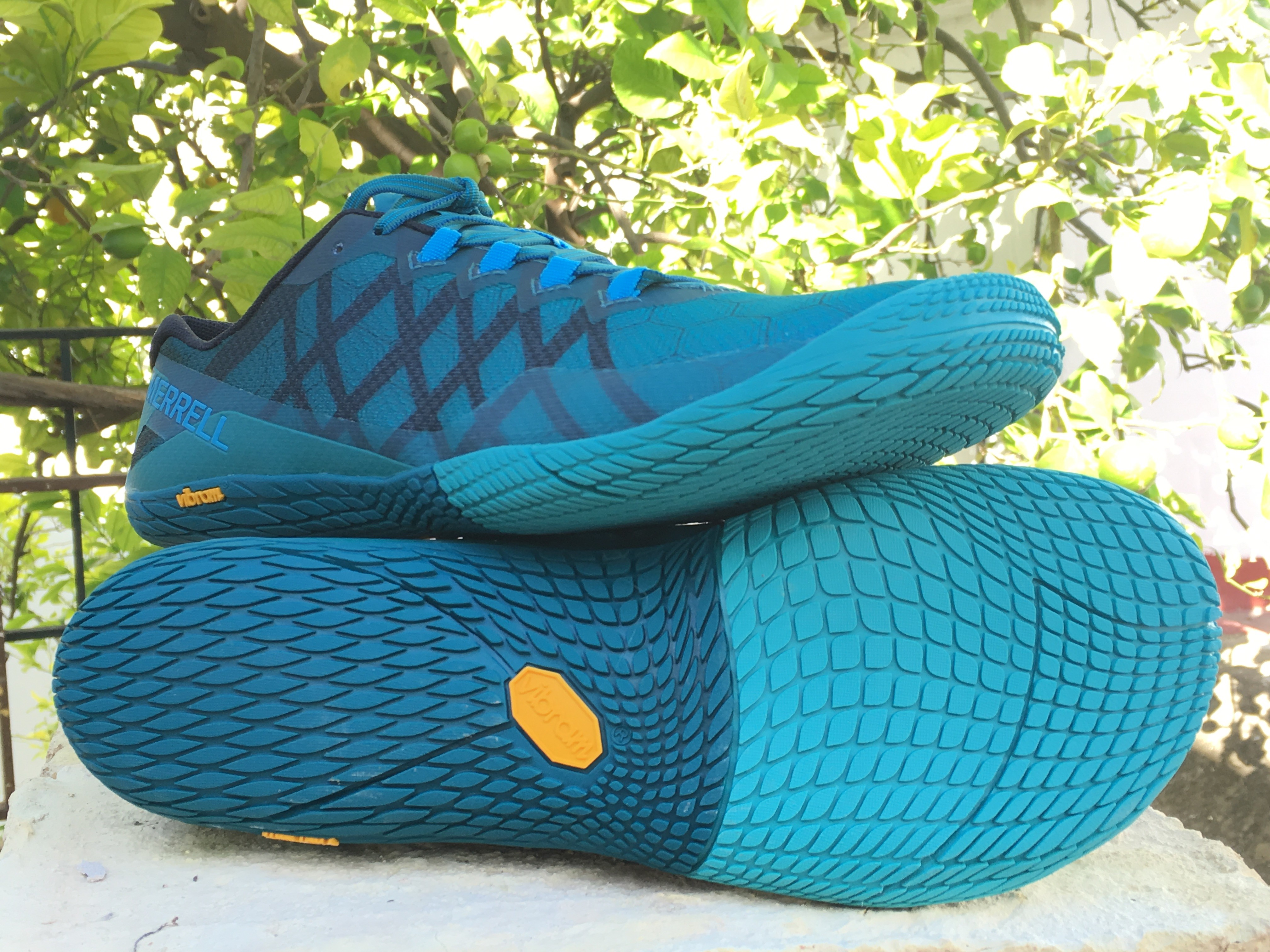 new product a81c5 cfc65 The new Vibram sole, with the TC-5Plus compound, retains the design with  the small polygonal studs, which allow running on both smooth surfaces and  compact ...